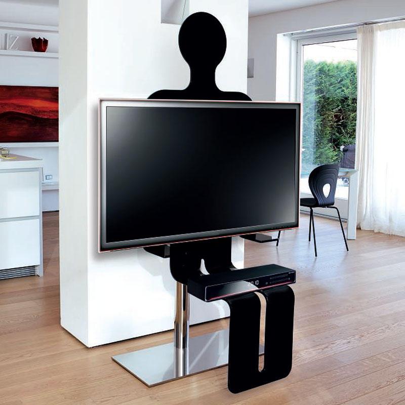 Robot Porta TV - Ivan Villatora
